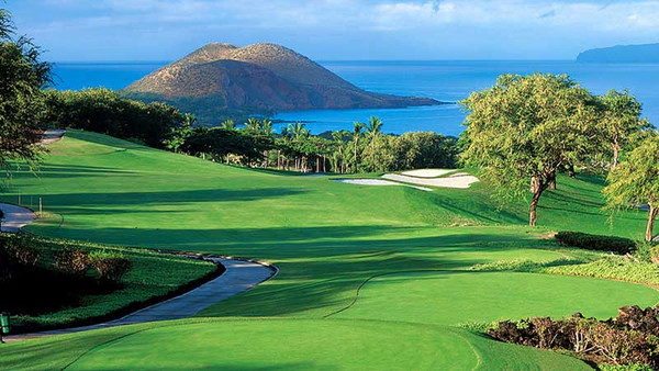 Golfing in Paradise